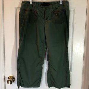 Calvin Klein size 12 ankle length lightweight pant
